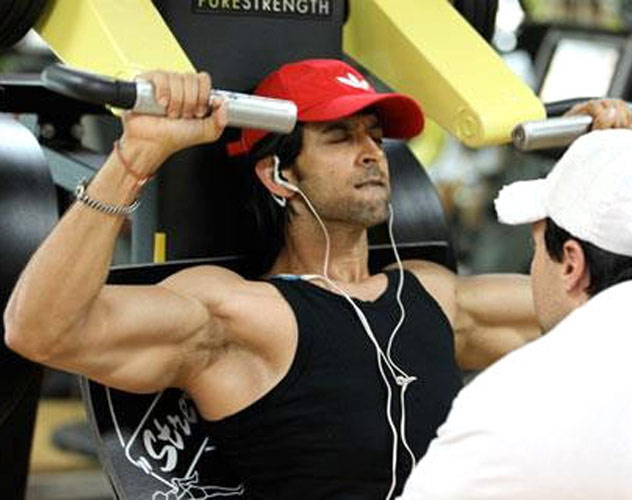 Hrithik Roshan Workout in Gym