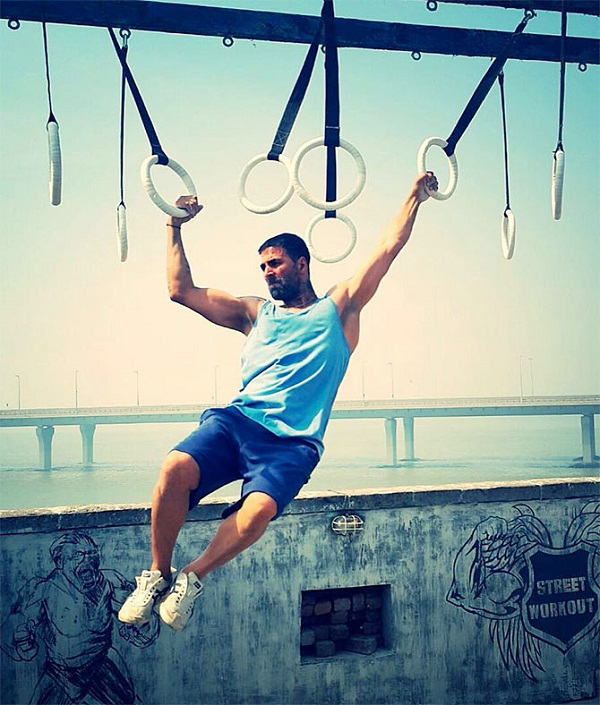 Akshay Kumar Workout Pictures