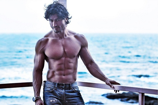 Martial Arts Expert Vidyut Jamwal's Workout Routine, Diet ...