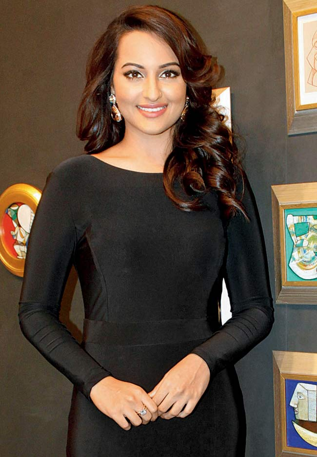 Sonakshi Sinha's Weight Loss Story, Diet Chart, and ...