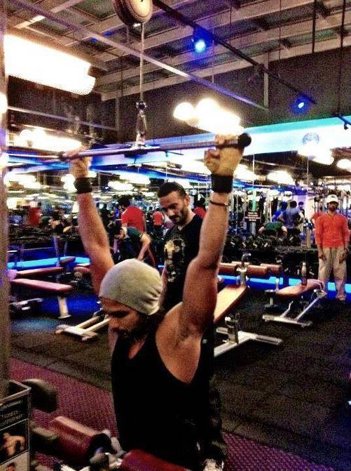 Shahid Kapoor Workout Diet And Body Building Tips Born