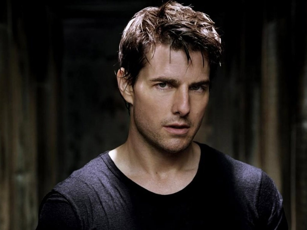 Tom Cruise Workout Routine, Diet Plan, and Body Stats