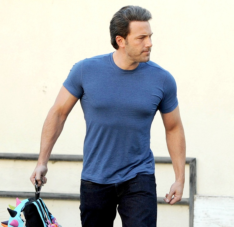 Ben Affleck's Batman Workout Routine and Diet for a Jacked ...